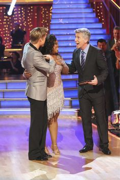 Derek Hough & Amber Riley ~ week 1 ~ cha cha cha ~ 27 out of 30 points