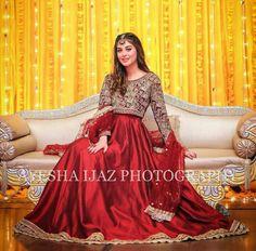 Pakistani Party Wear Dresses, Beautiful Pakistani Dresses, Shadi Dresses, Pakistani Wedding Outfits, Designer Party Wear Dresses, Pakistani Dress Design, Beautiful Dress Designs, Stylish Dress Designs, Stylish Dresses For Girls