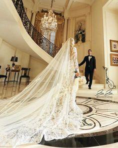 Wedding Estates provides mansions for wedding photography and engagement photos in Los Angeles, Beverly Hills, Pasadena, and Malibu. Wedding Places, Wedding Locations, Wedding Venues, Wedding Ceremonies, Destination Wedding, Boho Wedding Dress, Wedding Shoot, Wedding Dresses, Wedding Engagement