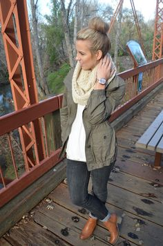 This outfit is super cute & comfy looking! Need this jacket type. Sure I can find it thrifting