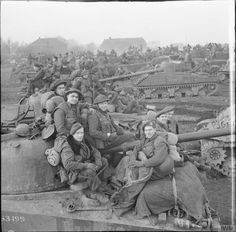 Sherman tanks of Canadian Armoured Regiment (Fort Garry Horse) with infantry of the Royal Regiment of Canada massing in preparation for the assault on Goch, 17 February 1945 Canadian Soldiers, Canadian Army, Canadian History, British Army, Omaha Beach, Royal Canadian Navy, Ww2 Photos, History Photos, Photographs