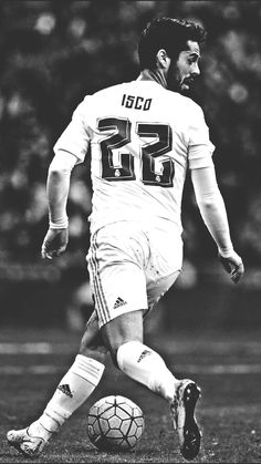 Isco Real Madrid, Real Madrid Team, Football Is Life, Sport Football, Football Players, Football Helmets, Isco Alarcon, Soccer Stars, Football Pictures