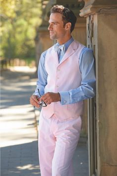 Just in time for the Kentucky Derby Paul Fredrick announces their Summer collection. Complete with the classic seersucker suit in update colors paired with fun and vibrant colors and. Space Fashion, Men's Fashion, Daily Fashion, Wedding Vest, Style Personnel, Mens Fashion Suits, Kentucky Derby, Playing Dress Up, Summer Collection