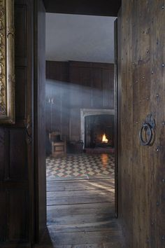 Sutton House | Historic Houses | Places To Visit In London (houseandgarden.co.uk)