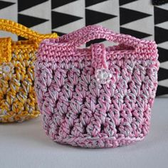 Newest arrival in my shop! Get these two baskets that can turn into bags. One pink,one yellow. Set of two baskets for $14.00 💜 chocolatepepper
