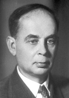 Илья́ Миха́йлович Франк (1908—1990) — советский физик, академик АН СССР. Лауреат Нобелевской премии (1958). Лауреат двух Сталинских премий (1946, 1953) и Государственной премии СССР (1971).