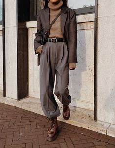 Wo menswear modedamour menswear modedamour new fashionable work outfit ideas for fall winter 2020 Mode Outfits, Casual Outfits, Fashion Outfits, Womens Fashion, Fashion Trends, Fashion Basics, Cool Mens Fashion, Fashion Styles, Fashion Tips