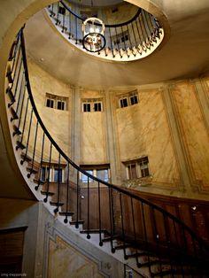 Galerie Vivienne Paris #Treppen #Stairs #Escaleras Photo made by #smgtreppen www.smg-treppen.de