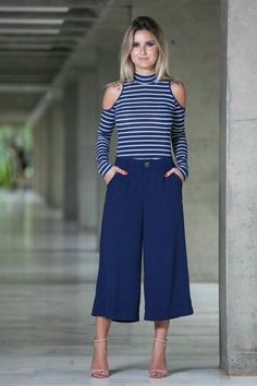 51 Most Comfortable And Lovely Square Pants Outfits Inspirational Designs For Woman - Page 15 of 51 - Marble Kim Design Office Looks, Look Office, Style Casual, Casual Chic, Casual Looks, Spring Fashion Outfits, Fashion Pants, Summer Outfits, Classy Outfits