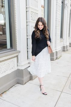 shop Skylar Belle midi skirt, chunky sweater outfit, blogger @topknotsandpearls