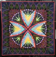 Spiky by Vicki Bohnhoff.   Inner Light design by Deb Karasik.  2015 AZQG, Honorable Mention. Photo by Quilt Inspiration.