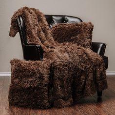 Fur Comforter, Faux Fur Bedding, Girls Sizes, Comfy Bed, Faux Fur Throw, Cozy Room, Pillow Set, Merino Wool Blanket, Cruelty Free