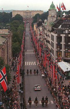 Príncipe heredero Haakon Magnus de Noruega & Srta Mette-Marit Tjessem Høiby
