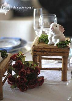 Mesa decorada para Páscoa por Patricia Junqueira {Home, Receber & Baby} com coelhinhos. #Home #Homedecor #Tablescape #Mesaposta #Bambu #Festa