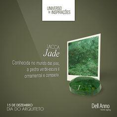 A bela joia deu nome à cor, que hoje domina também a moda e a decoração. O tom empresta todo seu charme aos ambientes decorados com a lacca Dell Anno Jade.