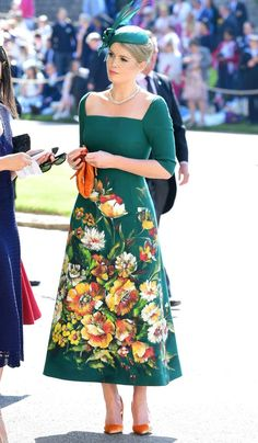 Lady Kitty Spencer in Dolce and Gabbana from Meghan Markle and Prince Harry's Royal Wedding Guests Kitty Spencer Royal Wedding, Princess Diana Niece, Princess Kate, Beautiful Dresses, Nice Dresses, Dama Dresses, Retro Mode, Wedding Makeup Looks, Royal Weddings