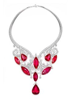 http://rubies.work/0342-sapphire-ring/ Harry Winston Cascading Drop Necklace. This incredible Cascading Drop Necklace features rare spinels and more than 500 diamonds.
