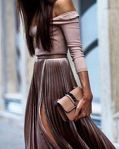 "8df46b442104 ... Instagram  "" ootd  style  fashion  chic  elegant  style  streetstyle   fashionable  fashionblogger  stylish  stylist  outfitpost  fashionblog   designer…"""