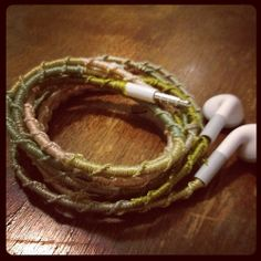 What a clever idea! // Feeling crafty + reminiscing about camp = friendship braceleting my ear buds - Imgur
