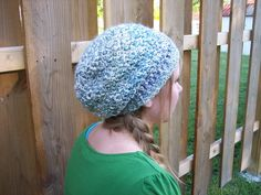 Lovely Lady Slouchy Hat: I can't wait to make this with my new LionBrand HomeSpun Mimosa yarn!  My head and ears are gonna be nice and cozy this winter. ^_^ It's finally gotten below 60 degrees here in FL!
