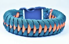 "How to make the ""Dragon Teeth"" Paracord Survival Bracelet - Bored Paracord"