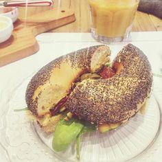 Veggie bagel