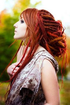 lots of white kids can't pull off dreads. this girl can.