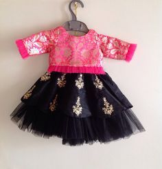 Tutu edged brocade blouse and tutu edged hand embroidered raw silk skirt - Babykleidung Frock Design, Baby Dress Design, Frocks For Girls, Dresses Kids Girl, Kids Outfits, Baby Dresses, Family Outfits, Mini Dresses, Kids Indian Wear