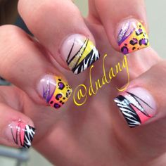 these are so fucking cool.. not a fan of animal print but i'd wear the shit out of these nails!