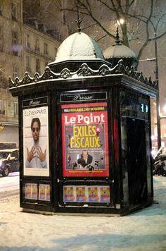 SAVE HISTORICAL NEWSPAPER KIOSKS IN PARIS! SIGN PETITION at https://www.change.org/p/anne-hidalgo-non-aux-nouveaux-kiosques-%C3%A0-journaux-parisiens-gardons-l-esprit-du-paris-d-antan