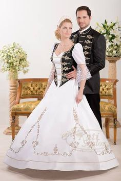A(z) 39 legjobb kép a(z) Kati szalon esküvői szettek  férfi-nő ... 2ca57c64ed