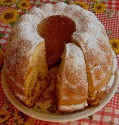 babovka orechova Slovak Recipes, Czech Recipes, Ethnic Recipes, 3d Cakes, Bundt Cakes, Love Cake, Macarons, French Toast, Sweets