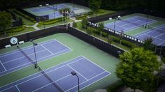 8 Lighted Tennis Courts • Governors Towne Club