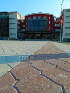 Universiteti Shtetëror i Tetovës...State University Tetovo