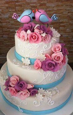 Bolo de casamento Azul e rosa