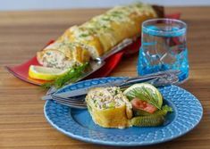 Grädda i mitten av ugnen Canned Tuna Recipes, Lunch Recipes, Cooking Recipes, Cooking Food, Food Food, Honey Balsamic Vinaigrette, Slow Roasted Tomatoes, Swedish Recipes, Food Humor