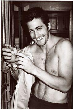 Jake Gyllenhaal, you are one sexy man Jake Gyllenhaal Shirtless, Jake Gyllenhaal Young, Actrices Sexy, Ex Machina, Hommes Sexy, Raining Men, Ryan Gosling, Man Alive, Michael Fassbender
