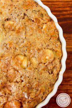 Torta de Banana Preguiçosa   Fácil de fazer e delicioso de comer, prepare para o chá da tarde! Banana Recipes, Cake Recipes, Sin Gluten, Bread Cake, Romantic Dinners, Junk Food, Cake Cookies, Sweet Recipes, Macaroni And Cheese