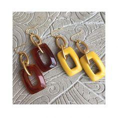 【R2035】pierce earring (ピアス/イヤリング) | Rire Vie (リールヴィー) Beaded Earrings, Earrings Handmade, Beaded Jewelry, Handmade Jewelry, Handmade Accessories, Jewelry Accessories, Jewelry Design, Simple Jewelry, Fine Jewelry