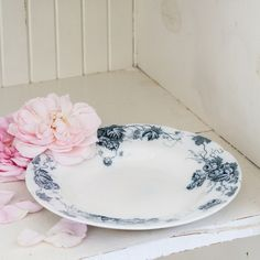 Vintage Grape Leaf Plate from Rachel Ashwell Shabby Chic Couture®