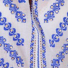 Ia Romaneasca Poarta Sarutului, albastra cu paiete 8-1000x1000.jpg (1000×1000)