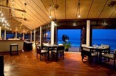 Aqua bar dining at Lily beach resort Maldives #voyagewave #themaldives → www.voyagewave.com