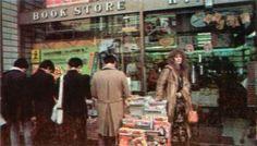 sadwilddreams: Stevie Nicks leaving a bookstore. Stevie Nicks Lindsey Buckingham, Stephanie Lynn, Rock Queen, Stevie Nicks Fleetwood Mac, My Muse, Music Film, Gypsy Style, My Idol, Singer