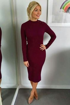 Bershka M Ribbed Dress Button Neck worn by Holly Willoughby Holly Willoughby Outfits, Holly Willoughby Style, Office Fashion, Work Fashion, Fashion Outfits, Women's Fashion, Office Outfits, Stylish Outfits, Work Outfits