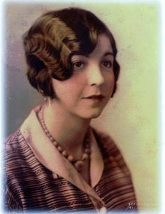 """Flapper Finger Waves 