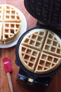 The Best Buttermilk Waffles - Completely Delicious Buttermilk Waffles, Pancakes And Waffles, Hamilton Beach Waffle Maker, What's For Breakfast, Breakfast Recipes, Belgian Waffles, Waffle Iron, Waffle Recipes, Yummy Eats