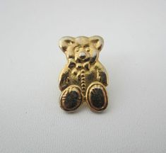 Vintage Toye Pin Badge Teddy Bear By Kenning And Spencer Limited Gold Tone Metal Collectable Circa 1970s 1980s