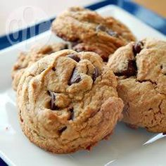 """Chewy Peanut Butter Chocolate Chip Cookies I """"These are by far the BEST peanut butter cookies I have ever made. They baked up big and soft and chewy! Cookie Desserts, Cookie Recipes, Dessert Recipes, Yummy Recipes, Best Peanut Butter, Chocolate Peanut Butter, Chocolate Chips, Chewy Peanut Butter Cookies, Chocolate Recipes"""