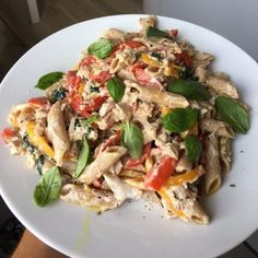 FIT chicken fritters with vegetables and cheese - Mocne Kalorie - Przepisy - Makaron Tuna Pasta, Fritters, Cheese, Cookies, Chicken, Vegetables, Breakfast, Recipes, Food