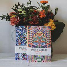 Diář Paula Coelha pro příští rok je venku! Zápisník plný moudrostí, ke kterým můžete denně přidávat své vlastní, se tentokrát zaměřuje na téma setkávání. Roman, Planter Pots, Paulo Coelho, Author, Universe